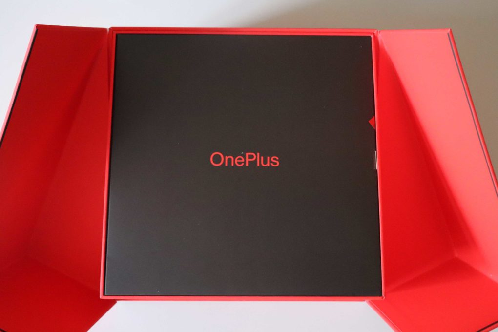OnePlus 7T Pro Test Unboxing