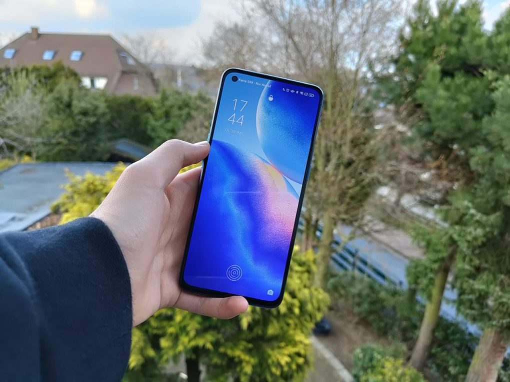 OPPO Find X3 Lite Display