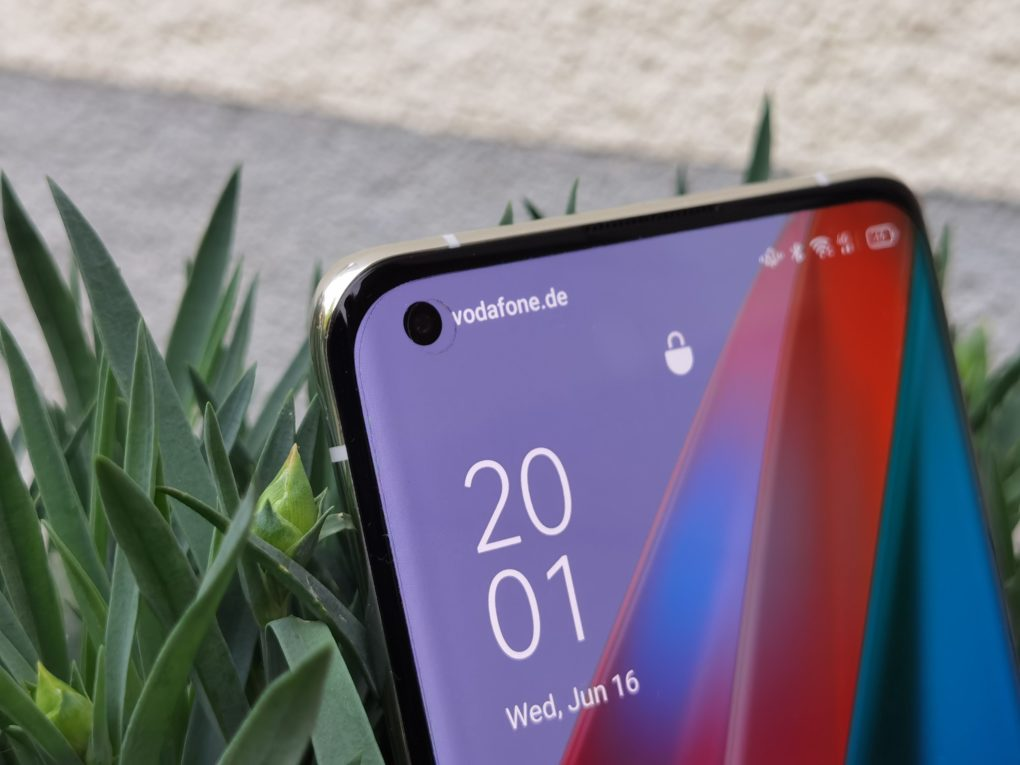 OPPO Find X3 Display Punch-Hole